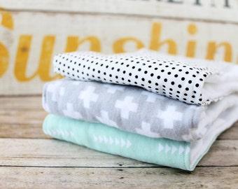 Burp Cloth Set of 3, Baby Burp Cloths, Baby Gift, Baby Shower Gift, Baby Shower, Newborn Burp Cloths, Gender Neutral, Gray-Green-Dots
