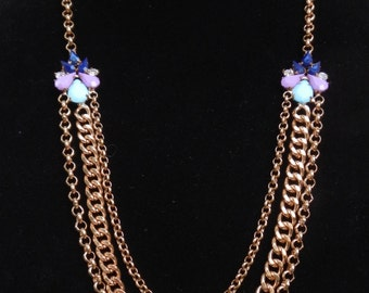 Lovely and Unique Vintage Necklace!