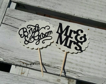 12 Wedding Cupcake Toppers