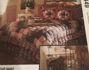 """Vintage McCall's Sewing Pattern; """"The Biscuit Quilt"""" ~ New/ Uncut"""