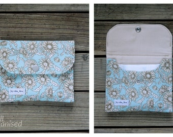 Sanitary pads holder - Flowers