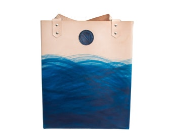 Handmade leather tote bag belonging to the *DEEP BLUE SEA* collection