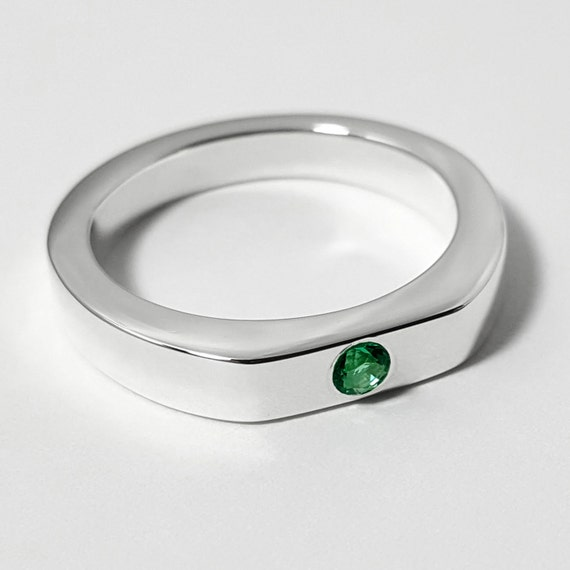 simple emerald ring in sterling silver emerald sterling
