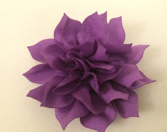 Light Purple Lotus Flower on a Partially Lined Alligator Hair Clip, Violet Flower, Violet Flower Hair Clip, Light Purple Flower Headband