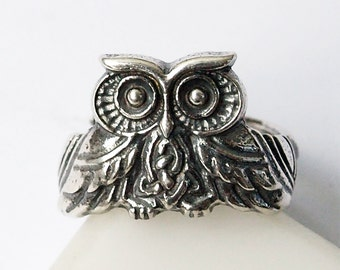 Owl ring, Owl jewelry, Celtic knot, Celtic owl, Silver ring, Silver jewelry, Nordic ring, Nordic owl, Sterling silver, Women ring