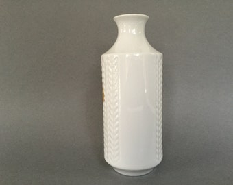 Winterling Marktleuthen Bavaria  Rare  1960s  Op Art Wheat pattern / Knitted pattern porcelain stylish Mid Century Modern vase Germany.