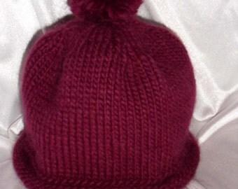 KIMMY Hand Knit Hat with Pom Pom (Plum)