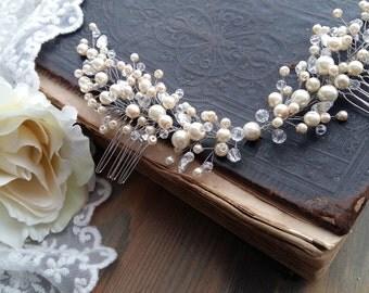 Pearl Bridal headpiece - Pearl bridal hair comb - pearl hair comb - ivory pearl hair comb - pearl bridal comb
