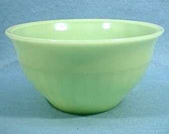 "Jeannette Glass Jadite Green 9"" Vertical Ribbed Mixing Bowl"