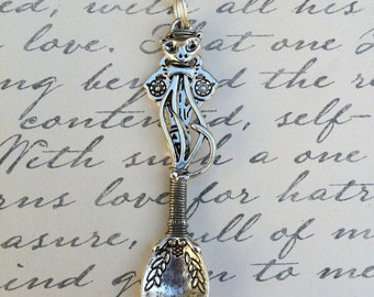 Silver Wire Wrapped Kitty Cat Spoon Pendant Chain Necklace