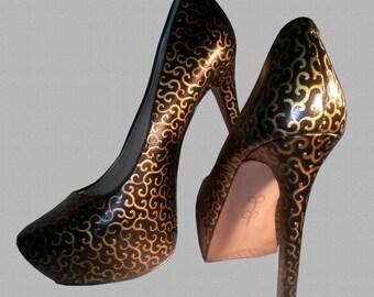 Elegant Swirl Heels