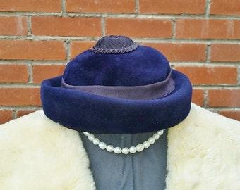 Vintage Darcel Exclusive Cap, Velour Fascinator in Navy, 1950's 1960's