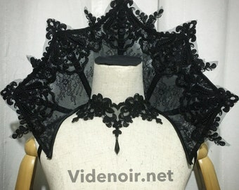 Small Elizabethan Collar Vampire gothic shoulder piece standing alone