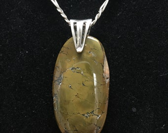 Polished stone and silver necklace