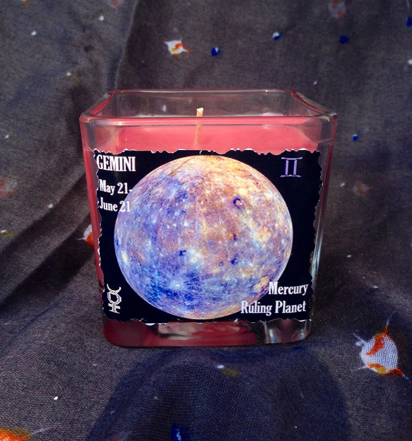 Gemini Zodiac Candle Breezy Bamboo & Orchid Scent Planet