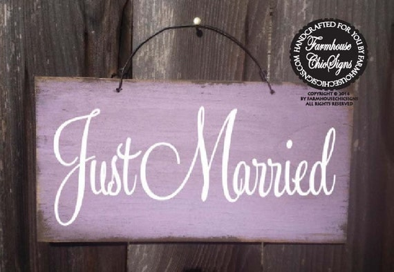 just married sign, wedding decor, wedding sign, newlyweds, 136/95