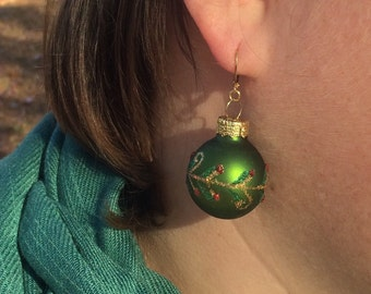 Christmas ornament earrings, green with holly