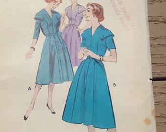 Vintage Butterick dress pattern wih capelet collar