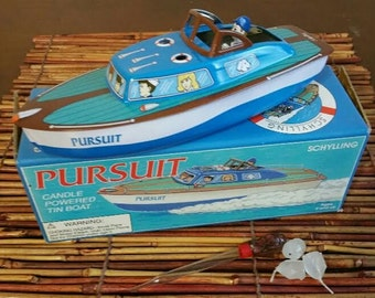 Vintage Schylling Pursuit Candle Powered Tin Boat with Original Box and Tools