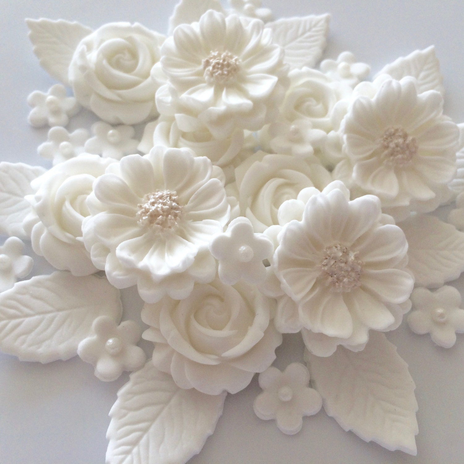Gumpaste Flowers For Wedding Cakes: WHITE ROSE BOUQUET Edible Sugar Paste Flowers Wedding Cake