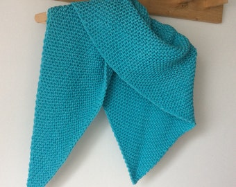 Shawl knitted in 100% cotton yarn