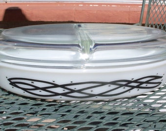 Pyrex Barbed Wire Promotional Divided Dish with Lid