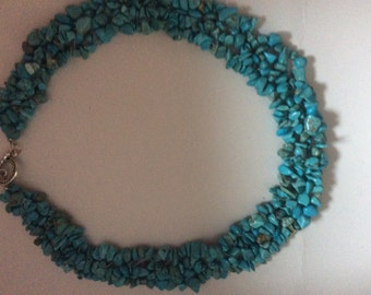 Timely Turquoise beaded Necklace