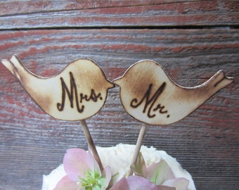 Mr and Mrs cake topper, Mr and Mrs rustic cake topper, bird cake topper, rustic cake topper, custom cake topper, initials cake topper