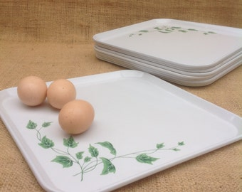 Serv-a-Dish Vintage Metal Trays with Ivy