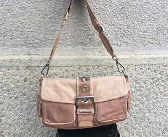 prada wallets pink - Borsa Prada anni 90 Borsa Baguette Prada di MilanoinVintage