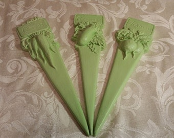 Pale Green Garden Stakes