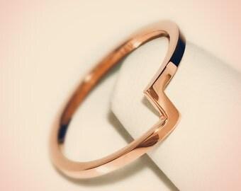 14K Rose Gold Zig Zag Midi Fashion Ring/ Midi Ring/ Knuckle Ring/ Stacking Ring/ Upper Finger Ring/ Zig Zag Ring