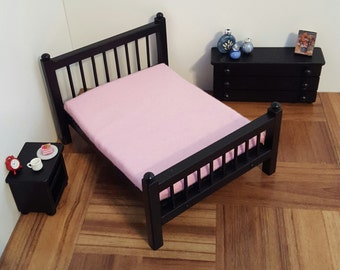 Black Queen size 1:12 scale bed/ 1/12 scale doll bed/ 1/12 scale furniture/ 1/12 scale bedroom/ miniature bed/ spindle bed/ dollhouse bed