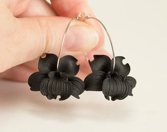 Black Orchid Earrings. Black flower earrings. Flower hoop earrings. Polymer clay jewelry. Black Earrings. Hoop earrings. Black Jewelry.