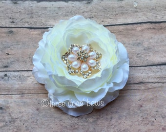 Ivory Flower Hair Clip - Large Ivory Flower Clip - Ivory Bridal Flower -Ivory Flower Clip - Ivory Hair Clip