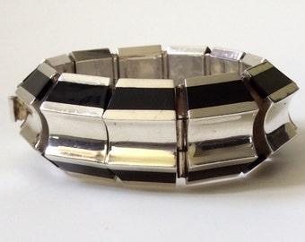 Taxco Modernist Sculptural Sterling Silver and Onyx Bracelet
