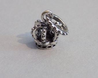 SALE: Silver plated royal crown dangle charm, DIY european bracelet
