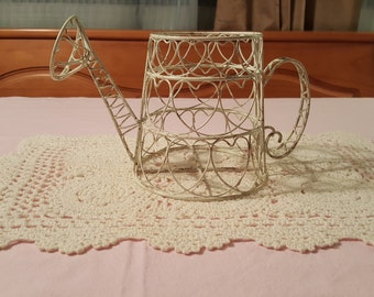 Shabby Chic Distressed White Wire Watering Can Flower Pot Planter with Heart Pattern FS