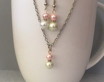 Pink Bridesmaid necklace set, pink necklace set, pink bridesmaid jewelry, pink necklace, bridesmaid pink, pearl necklace