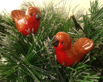 Two Christmas Robin Ornaments, Handmade Christmas Decoration, Holiday Decor, Miniature Resin Bird Sculpture, Xmas Robin Redbreast Figures