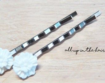 White Flower Hair Slides - Flower Bobby Pins - White Flower Bobby Pins