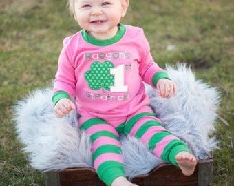 St. Patrick's Day pajamas, First St. Patricks day pajama, saint patty pajama, saint patty pj, boy girl baby pajamas, embroidery, appliqué
