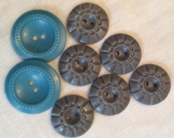 Lot of buttons, grey buttons, button lot, Blue plastic button, blue buttons, craft buttons,  retro buttons, vintage buttons, maryland team