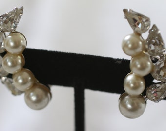 Gorgeous Vintage Faux Pearl and Rhinestone Clip On Earrings