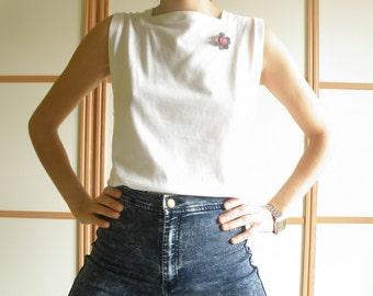 HANDMADE T-SHIRT//white//square armhole and collar//100% cotton//Camiseta echa a mano//sisas cuadradas