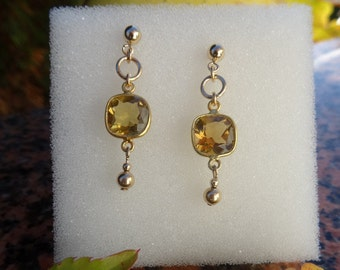 Genuine citrine! Sweet, small sparkly earrings! 585-er silver!