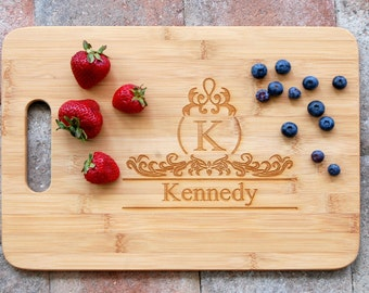 Personalized Cutting Board New Home Housewarming Gift Wedding Gift for Couple Custom Name Wedding Gift, Kitchen Decor, Bridal Shower Gift