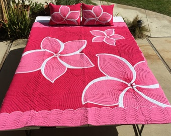 Hawaiian Plumeria Quilt in Pink and White Queen Size (88inX92in) Batik (Hand Dyed) with Shams Palama Style