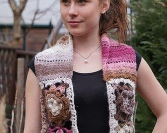 Romantic crocheted scarf with rosette