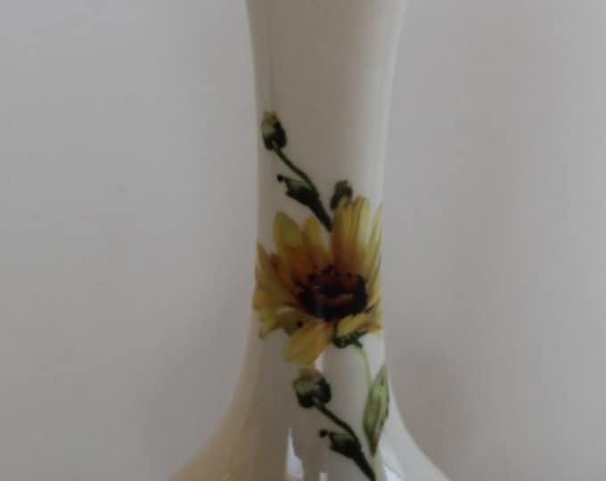 Vase, Flower Vase, Bud Vase, Bel-Terr 22kt Gold